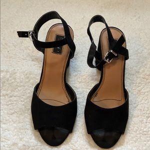 Mari A black heels